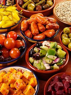 Tapas for us are usually things that you can buy at Whole Foods on the way home: olives, interesting cheeses, marinaded vegies, canned pickled stuff, jellies/crackers/salty meats, small fresh vegies like tomatoes, nuts and a nice chocolate for desert. With some wine it can be an evening!