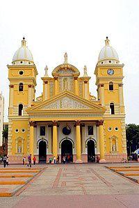 Picturesque Maracaibo - http://www.travelandtransitions.com/destinations/destination-advice/north-america/