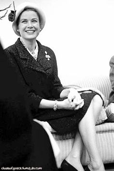 Princess Grace -=- with her Incomparable Smile, Confidence and Of Course, True Royal 'Grace'  :)