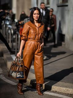 This Trend Used to Make Me Cringe But Now I'm Obsessed With It Leather Overalls, Leather Pants, Boiler Suit, Jumpsuit Outfit, Dress Codes, Fashion Details, Autumn Fashion, Milan Fashion, Fashion Trends