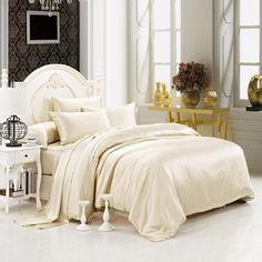 22 momme Champagne Luxuer 7-Pieces Silk Bedding Collections