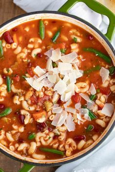 Classic Minestrone Soup is a ONE POT recipe made with cut up vegetables, seasoned broth, elbow pasta, and grated parmesan cheese, ready in under 30 minutes! Classic Minestrone Soup Recipe, Korean Beef Recipes, Classic Beef Stew, Easy Taco Soup, Elbow Pasta, Veggie Soup, Homemade Soup, Slow Cooker Beef, One Pot Meals