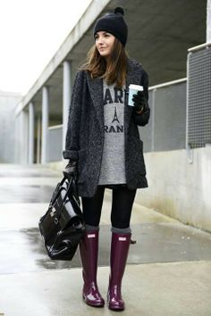 Hunter boots are so cute... Too bad I could never pull them off