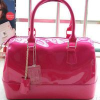 Bolsa Furla (importada) candy bag na cor pink Bolsas Furla, Fashion, Off White Colour, Don't Care, Silver, Colors, Sweet Love, Totes, Moda