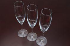 Originální jmenovky na svatební stůl - gravírované skleničky | Svatební diář