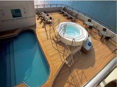 Custom Turama Motor Boat Rental with A Luxury Yachting