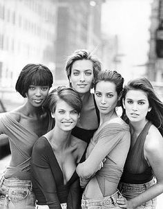 Naomi Campbell, Linda Evangelista, Tatjana Patitz, Christy Turlington and Cindy Crawford by Peter Lindbergh for Vogue (UK) January I was so in love with the original SUPERMODELS!
