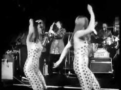 Enjoy some sleazy beatnik jazz Jazz, Vintage Dance, Popular Cartoons, Music Score, Images And Words, Lisa S, Beatnik, Dance Moves, Betty Boop