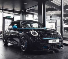 Black MINI My Dream Car, Dream Cars, Mini Cooper D, Victorian Interiors, Mini One, Toyota 4runner, Luxury Cars, Cool Cars, Garage Interior