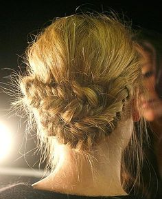 according to the stylist--the goal is to make it look as if you've just gotten back from horseback riding. Fishtail Updo, Braided Updo, Easy Updo, Plaited Buns, Plaits Hairstyles, Pretty Hairstyles, Updos, Hair Styles 2014, Long Hair Styles
