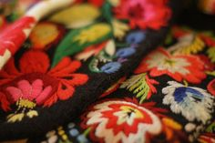 Dala-Floda, påsöm swedish folk art embroidery