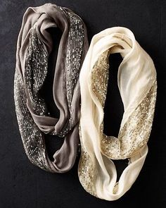 Cute sparkles for the holiday seasons Elizabeth Gillett Sequined Infinity Loop Scarf. Cute sparkles for the holiday seasons was last modified: December Beauty And Fashion, Look Fashion, Passion For Fashion, Womens Fashion, Looks Style, Looks Cool, Style Me, Simple Outfits, Cute Outfits