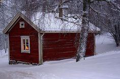Liten röd stuga Lövhult Nässjö