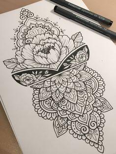 Mendhi mandala tattoo back, henna tattoo back, tattoo le Henna Tattoo Back, Henna Tattoos, Leg Tattoos, Flower Tattoos, Body Art Tattoos, Tattoo Drawings, Sleeve Tattoos, Tattoo Legs, Simple Mandala Tattoo