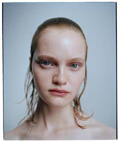 New beauty by photographer #BenjaminVnuk and make up artist #KarinWesterlund for #CrashMagazine.  Model #MiaGruenwald #LUNDLUND @benjaminvnuk @karinwesterlundmakeup @miagruenwald @crashmagazine by lundlundagency