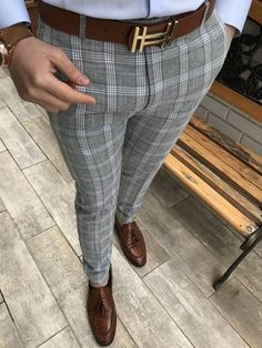 Pants - Men's style, accessories, mens fashion trends 2020 Mens Plaid Dress Pants, Slim Fit Dress Pants, Men's Pants, Polo Shirt Outfits, Blazer Outfits Men, Mens Casual Suits, Mens Fashion Suits, Moda Casual, Fashion Joggers