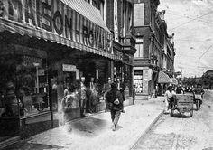 Gezicht in de Amsterdamsestraatweg te Utrecht met links de Dameshoedenwinkel Firma van Herschel (A'damsestraatweg 20) en de Manufacturenwinkel F.M. Broekman (A'damsestraatweg 22) ca 1934 Utrecht, Was, Herschel, Dutch, Street View, Life, Historia, Dutch Language