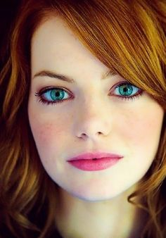 Stunning Redhead, Stunning Eyes, Red Hair Woman, Woman Face, Beautiful Celebrities, Gorgeous Women, Actress Emma Stone, Natural Red Hair, Front Hair Styles