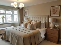 Teen girl bedrooms, design ref for a simply splendid styling, pin number 2620349897 Bedroom Bed Design, Girl Bedroom Designs, Room Ideas Bedroom, Home Decor Bedroom, Home By, Home Decor Inspiration, Decor Ideas, Decorating Ideas, Luxurious Bedrooms