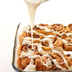 1-bowl vegan pumpkin cinnamon rolls that scream fall. 10 ingredients, simple methods and seriously scrumptious rolls that are perfectly sweet and subtly spiced.