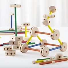Kids Classic Toys: Wooden Tinker Toy Play Set in Building Blocks