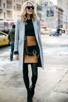 If there& one thing you can count on during New York Winter Fashion Week .GQ - If there& one thing you can count on during New York Winter Fashion Week … - Winter Outfits 2017, Winter Outfits For Teen Girls, Winter Fashion Outfits, Fashion Weeks, Fall Work Outfits, Outfits 2016, Outfit Work, Black Outfits, Dresses 2016