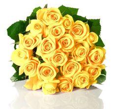 Bellissimo mazzo di ROSE GIALLE. Nel linguaggio dei Fiori significano GELOSIA, e sono usate da chi vuol lanciare inequivocabili segnali al proprio partner. I nostri fioristi le consigliano anche come pensiero floreale per l'amicizia.