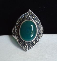 Vintage Art Deco Chrysoprase & Marcasite Silver Ring Size 8 - 9