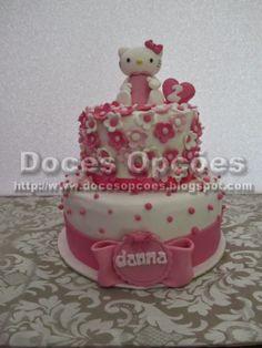 Doces Opções: Bolo Hello Kitty para o aniversário da Danna