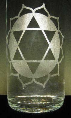 Have an idea or design? Let us #etch it for you! #Heart #Chakra #Etched #Glass #Water #Bottle #BottlenSoul  www.bottle-n-soul.com www.etsy.com/shop/BottlenSoul