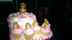Cake, pink, white, bears, cupcakes, name, stripes, heart, torta nascita bimba, Bianca, Rosa, grigia, strisce, orsetto, cupcakes con nome, pdz, fondent, mmf, pasta do zucchero