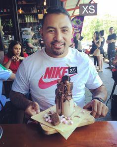 """Krisnan Inu on Instagram: """"Great day out!! Great food..Great Shakes...Great People! #xscafe @xsespresso"""""""