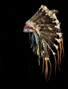 native american feathers hat www. Native American Regalia, Native American Clothing, Native American Beauty, Native American Artifacts, American Indian Art, Native American History, American Indians, American War, Native Indian
