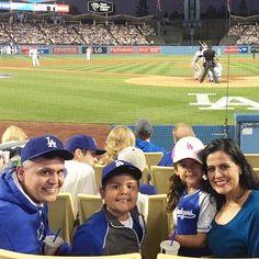THINK BLUE: Family and I @dodgers stadium last night. #Dodgers beat the #giants 7 to 3. #lifewiththecornejos #baseball #mlb #mydayinla by mr_jose_cornejo