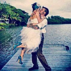 Oh my god!! Who snuck up at my wedding!?! Hahaha!! LOVE!