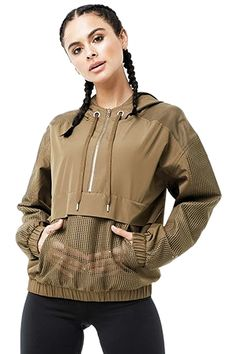 Sport Fashion, Girl Fashion, Fashion Outfits, Womens Fashion, Fashion Design, Anorak Jacket, Bomber Jackets, Mode Streetwear, Sporty Outfits