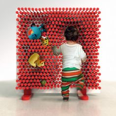 Pin Pres by OOO My Design is a fun and clever storage system with sliding rods. The concept is simple. Interactive Walls, Creative Storage, Storage Ideas, Creative Play, Cool Kids, Kids Fun, Cool Furniture, Kids Toys, Chocolate
