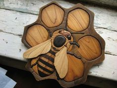 Intarsia Art is a form of wood inlaying that is similar to marquetry. The start of the practice dates before the seventh century. Bee and honeycomb. Bee Crafts, Wood Crafts, Diy Wood, Intarsia Woodworking, Woodworking Projects, Woodworking Clamps, Woodworking Basics, Woodworking Techniques, Custom Woodworking