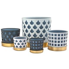The TRIO Flower Pot comes in three sizes, and two different colors and patterns; white or blue/grey. The flower pot is made of steel and the patterns are handmade, therefore iregularities in the pattern may occur. Image Paper, Flower Pots, Flowers, Green Plants, Different Patterns, Design Crafts, Ceramic Art, Home Accessories, Planter Pots