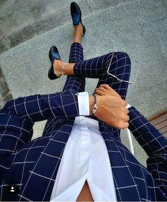 Plaid blue suit menswear - My Style - dapper men's wear - Anzug Mens Fashion Wear, Suit Fashion, Fashion Guide, Fashion Sites, Fashion Photo, Fashion Trends, Terno Casual, Casual Attire, Checkered Suit
