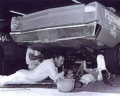 Richard Petty, King Richard, Drag Racing, Auto Racing, Nascar Race Cars, Ford Torino, Engine Rebuild, Dale Earnhardt Jr, Car And Driver