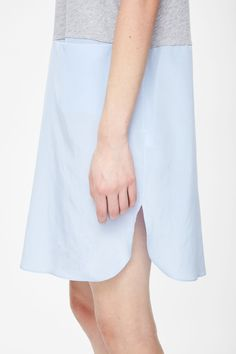 Contrast jersey dress