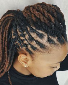 Textured Pompadour Hairstyle For Locs The most beautiful hair ideas, the most trend hairstyles on th Dreadlock Styles, Dreads Styles, Curly Hair Styles, Natural Hair Styles, How To Style Dreadlocks, Pompadour Hairstyle, My Hairstyle, Dreadlock Hairstyles, African Hairstyles