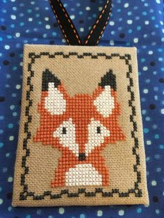 Stitching On Paper, Cross Stitching, Cross Stitch Embroidery, Cross Stitch Cards, Cross Stitch Animals, Cross Stitch Beginner, Pixel Pattern, Christmas Embroidery, Christmas Cross