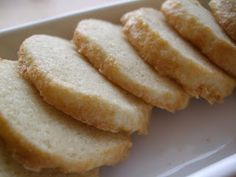 Simple Butter Cookies (like the Danish butter cookies your grandparents have in those tins)