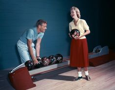 hollyhocksandtulips:  Bowling date, 1957 Photo by H. Armstrong Roberts