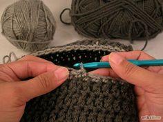 Imagem intitulada Crochet a Skull Cap Step 10