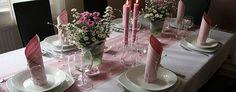 красивая сервировка домашнего праздничного стола