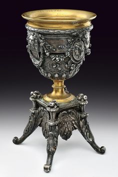 Metallic Sculpture : A bronze cup provenance: Italy dating: early Century Vintage Silver, Antique Silver, Antique Jewelry, Altar, Gothic Furniture, Bronze, Silver Work, Glass Ceramic, Objet D'art