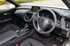 これはヤバイ!トヨタ 新型「クラウン」はハイパワーユニット搭載でスポーツセダンに進化 | くるまのニュース Toyota Crown, Lexus Cars, Crown Royal, Cars Motorcycles, Vehicles, Interior, Autos, Indoor, Interiors